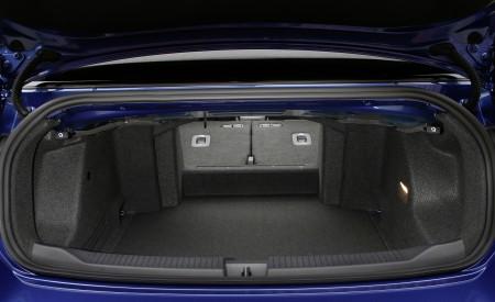 2020 Volkswagen T-Roc Cabriolet Trunk Wallpapers 450x275 (81)