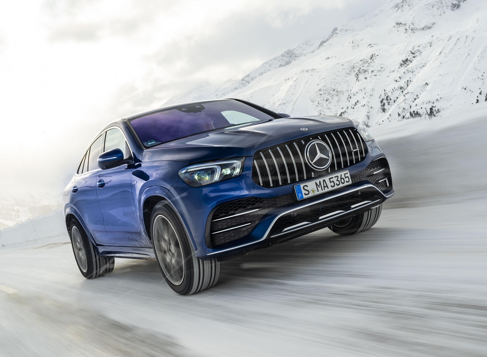 2021 Mercedes-AMG GLE 53 4MATIC Coupe (Color: Brilliant Blue Metallic) Front Three-Quarter Wallpapers (1)