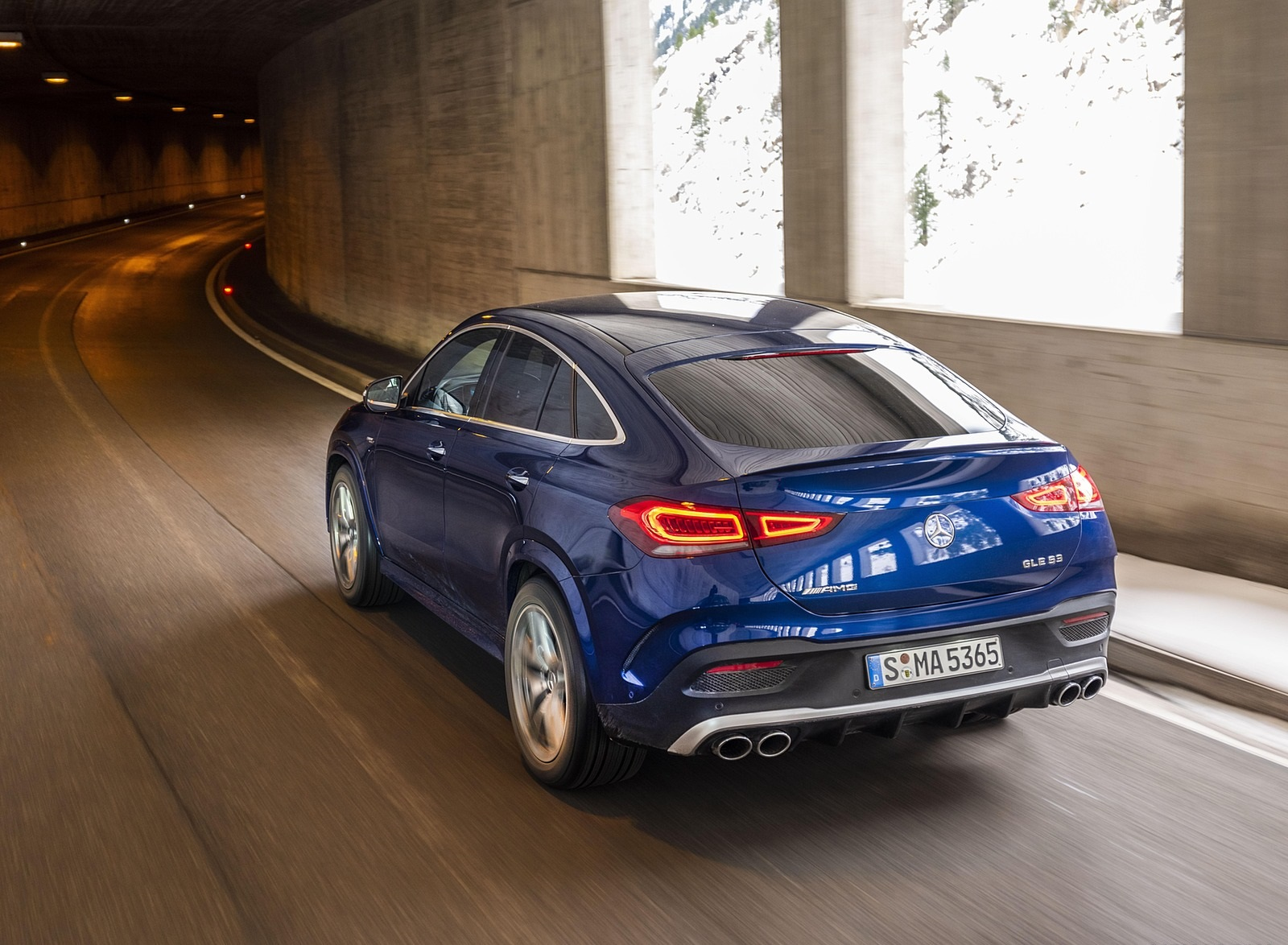 2021 Mercedes-AMG GLE 53 4MATIC Coupe (Color: Brilliant Blue Metallic) Rear Three-Quarter Wallpapers (4)