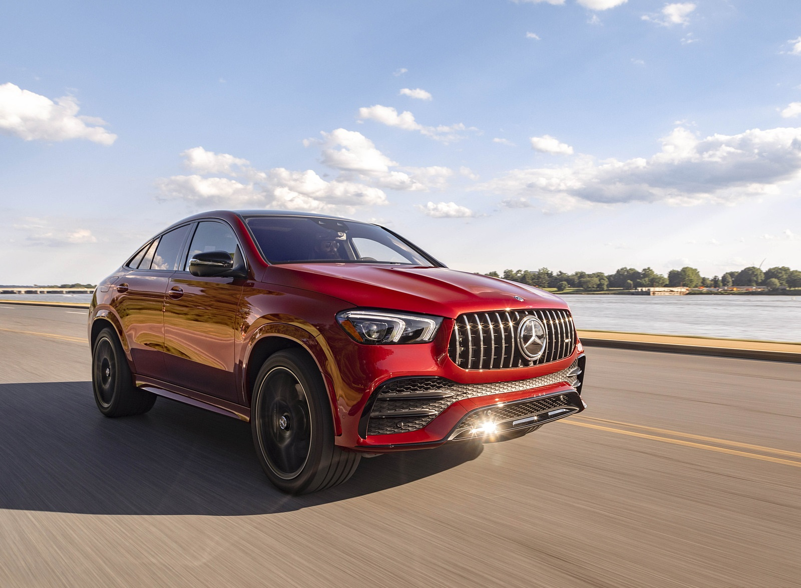 2021 Mercedes-AMG GLE 53 Coupe Front Three-Quarter Wallpapers (1)