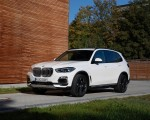 2019 BMW X5 xDrive45e iPerformance Front Three-Quarter Wallpapers 150x120 (23)
