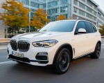 2019 BMW X5 xDrive45e iPerformance Front Three-Quarter Wallpapers 150x120 (11)