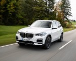 2019 BMW X5 xDrive45e iPerformance Front Three-Quarter Wallpapers 150x120 (35)