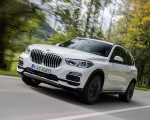 2019 BMW X5 xDrive45e iPerformance Front Three-Quarter Wallpapers 150x120 (36)