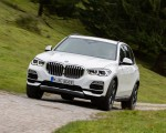 2019 BMW X5 xDrive45e iPerformance Front Three-Quarter Wallpapers 150x120 (37)