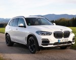 2019 BMW X5 xDrive45e iPerformance Front Three-Quarter Wallpapers 150x120 (39)