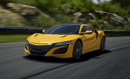 2020 Acura NSX (Color: Indy Yellow Pearl) Front Three-Quarter Wallpapers 450x275 (2)