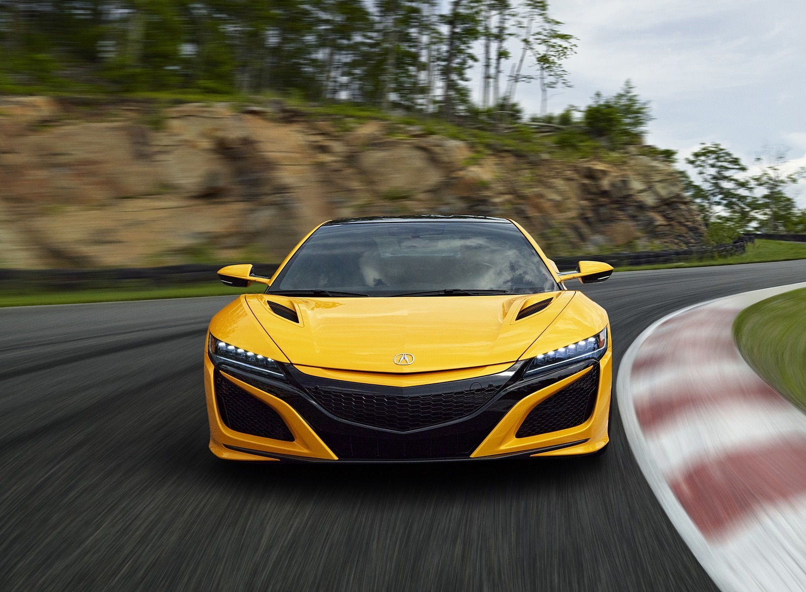 2020 Acura NSX (Color: Indy Yellow Pearl) Front Wallpapers (3)