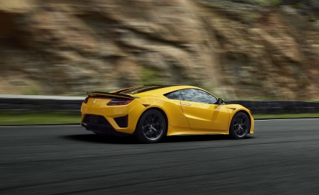 2020 Acura NSX (Color: Indy Yellow Pearl) Rear Three-Quarter Wallpapers 450x275 (5)