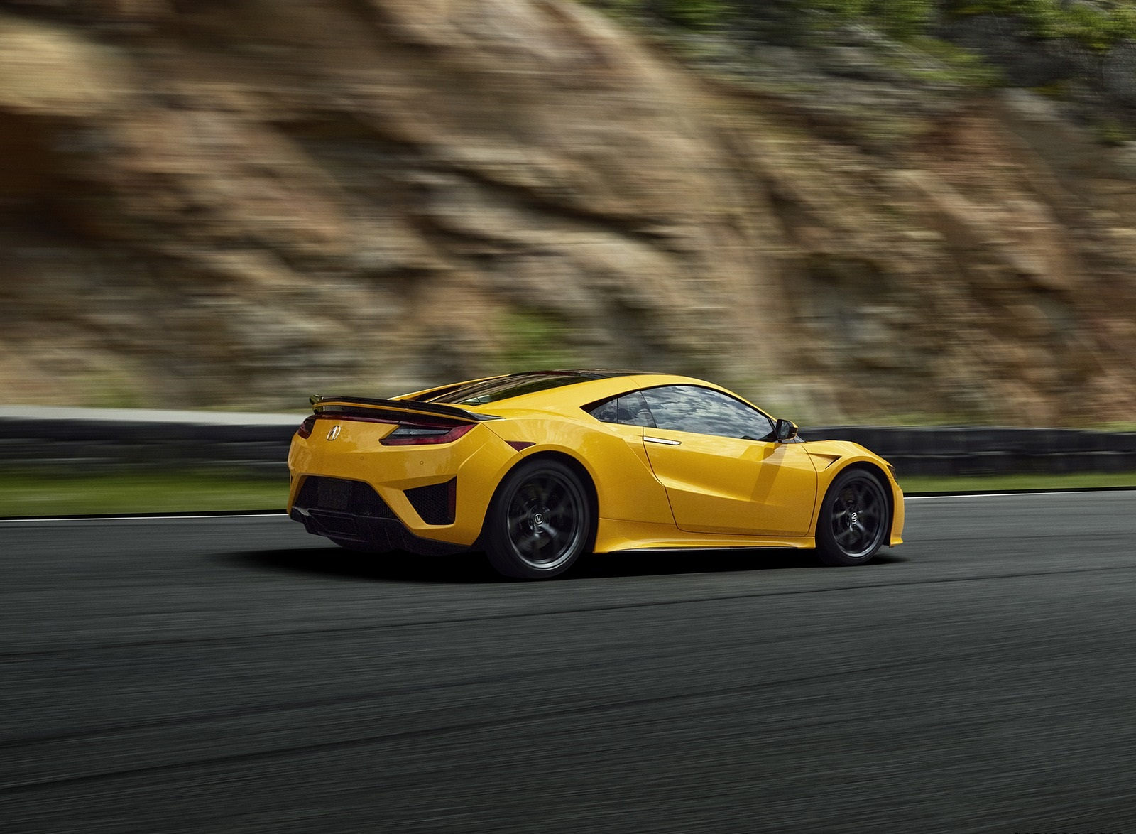 2020 Acura NSX (Color: Indy Yellow Pearl) Rear Three-Quarter Wallpapers (5)