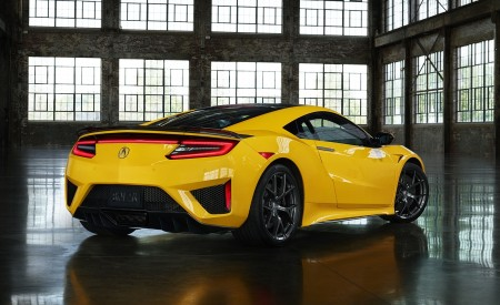 2020 Acura NSX (Color: Indy Yellow Pearl) Rear Three-Quarter Wallpapers 450x275 (11)