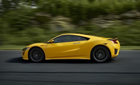 2020 Acura NSX (Color: Indy Yellow Pearl) Side Wallpapers 450x275 (8)