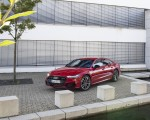 2020 Audi A7 Sportback 55 TFSI e quattro Plug-In Hybrid (Color: Tango Red) Front Three-Quarter Wallpapers 150x120 (24)
