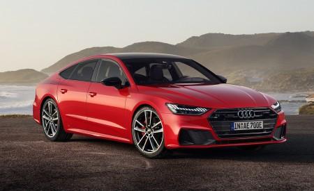 2020 Audi A7 Sportback 55 TFSI e quattro (Plug-In Hybrid Color: Tango Red) Front Three-Quarter Wallpapers 450x275 (67)