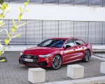 2020 Audi A7 Sportback 55 TFSI e quattro Plug-In Hybrid (Color: Tango Red) Front Three-Quarter Wallpapers 150x120 (27)