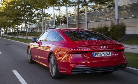 2020 Audi A7 Sportback 55 TFSI e quattro Plug-In Hybrid (Color: Tango Red) Rear Three-Quarter Wallpapers 450x275 (18)