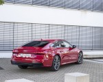 2020 Audi A7 Sportback 55 TFSI e quattro Plug-In Hybrid (Color: Tango Red) Rear Three-Quarter Wallpapers 150x120 (33)