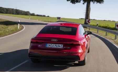2020 Audi A7 Sportback 55 TFSI e quattro Plug-In Hybrid (Color: Tango Red) Rear Wallpapers 450x275 (20)