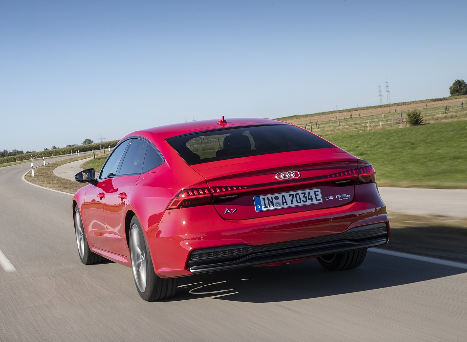 2020 Audi A7 Sportback 55 TFSI e quattro Plug-In Hybrid (Color: Tango Red) Rear Wallpapers (9)