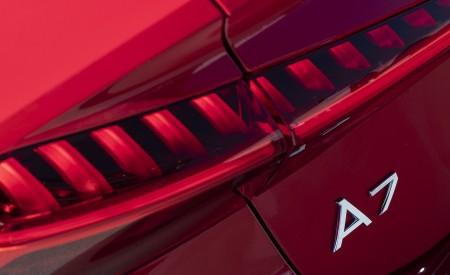 2020 Audi A7 Sportback 55 TFSI e quattro Plug-In Hybrid Tail Light Wallpapers 450x275 (42)
