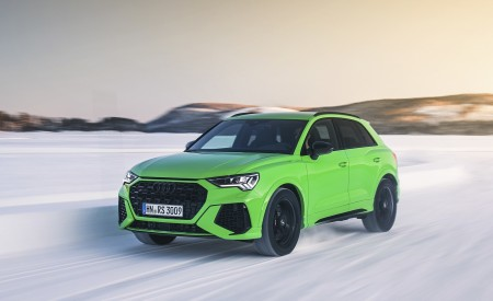 2020 Audi RS Q3 (Color: Kyalami Green) Front Three-Quarter Wallpapers 450x275 (24)