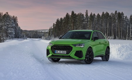 2020 Audi RS Q3 (Color: Kyalami Green) Front Three-Quarter Wallpapers 450x275 (32)