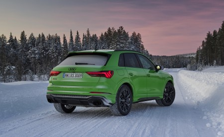 2020 Audi RS Q3 (Color: Kyalami Green) Rear Three-Quarter Wallpapers 450x275 (34)