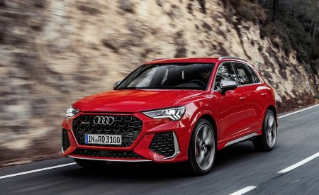 2020 Audi RS Q3 (Color: Tango Red) Front Three-Quarter Wallpapers 450x275 (53)