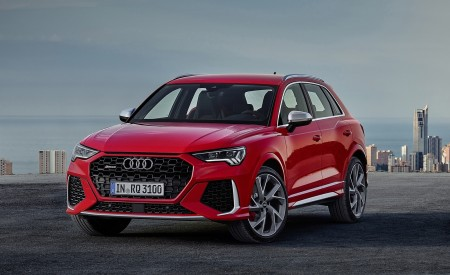 2020 Audi RS Q3 (Color: Tango Red) Front Three-Quarter Wallpapers 450x275 (65)