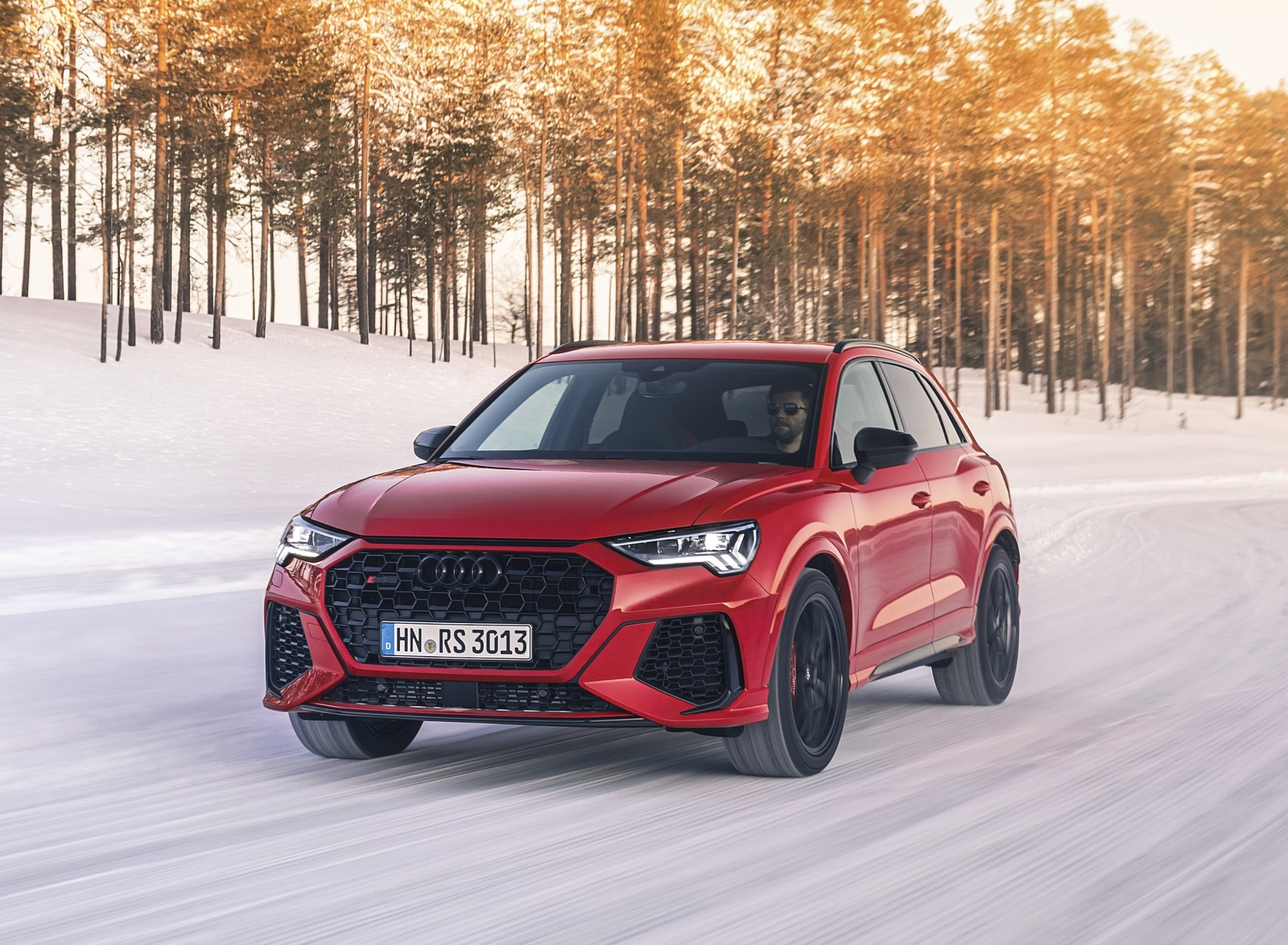 2020 Audi RS Q3 (Color: Tango Red) Front Three-Quarter Wallpapers (1)