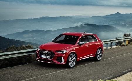 2020 Audi RS Q3 (Color: Tango Red) Front Three-Quarter Wallpapers 450x275 (54)