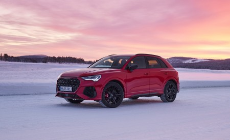 2020 Audi RS Q3 (Color: Tango Red) Front Three-Quarter Wallpapers 450x275 (14)