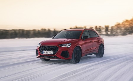 2020 Audi RS Q3 (Color: Tango Red) Front Three-Quarter Wallpapers 450x275 (4)