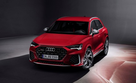 2020 Audi RS Q3 (Color: Tango Red) Front Wallpapers 450x275 (70)