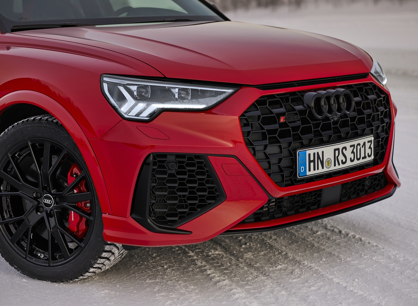 2020 Audi RS Q3 (Color: Tango Red) Headlight Wallpapers #19 of 116