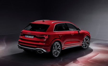 2020 Audi RS Q3 (Color: Tango Red) Rear Three-Quarter Wallpapers 450x275 (72)