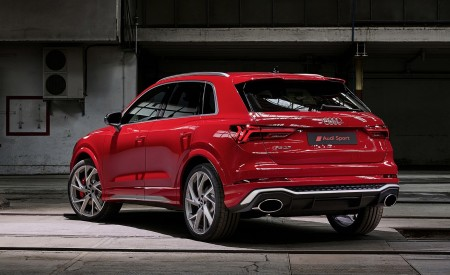 2020 Audi RS Q3 (Color: Tango Red) Rear Three-Quarter Wallpapers 450x275 (73)