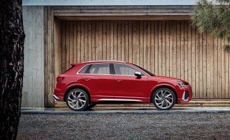 2020 Audi RS Q3 (Color: Tango Red) Side Wallpapers 450x275 (67)