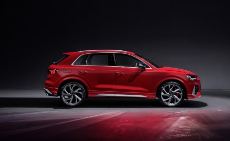 2020 Audi RS Q3 (Color: Tango Red) Side Wallpapers 450x275 (76)