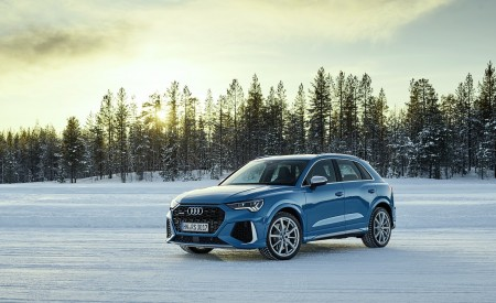 2020 Audi RS Q3 (Color: Turbo Blue) Front Three-Quarter Wallpapers 450x275 (45)
