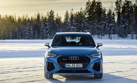 2020 Audi RS Q3 (Color: Turbo Blue) Front Wallpapers 450x275 (46)