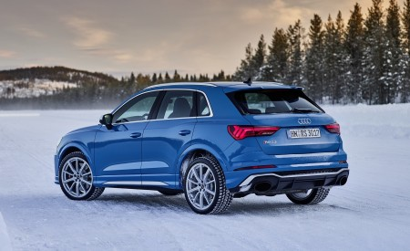 2020 Audi RS Q3 (Color: Turbo Blue) Rear Three-Quarter Wallpapers 450x275 (47)