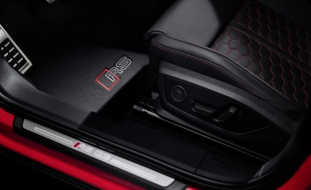 2020 Audi RS Q3 Door Sill Wallpapers 450x275 (90)