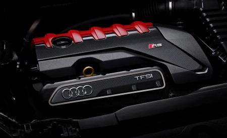 2020 Audi RS Q3 Engine Wallpapers 450x275 (80)