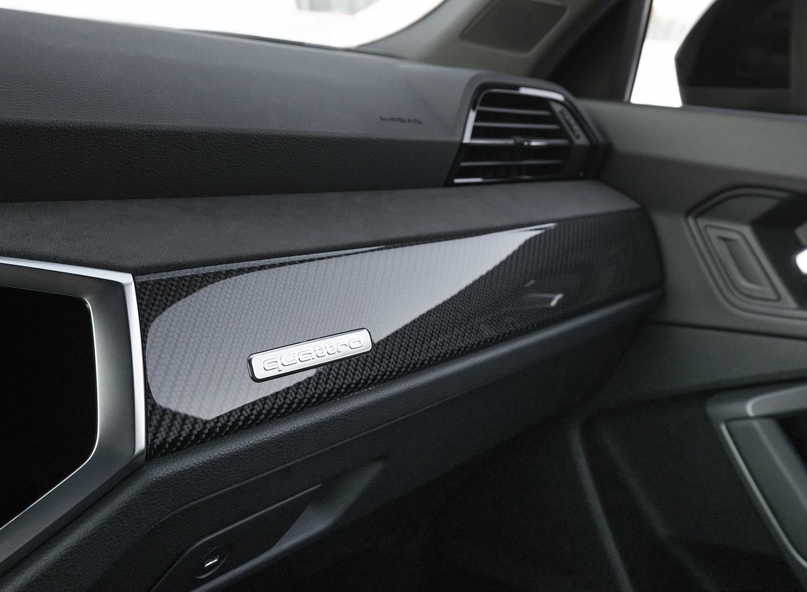 2020 Audi RS Q3 Interior Detail Wallpapers #22 of 116