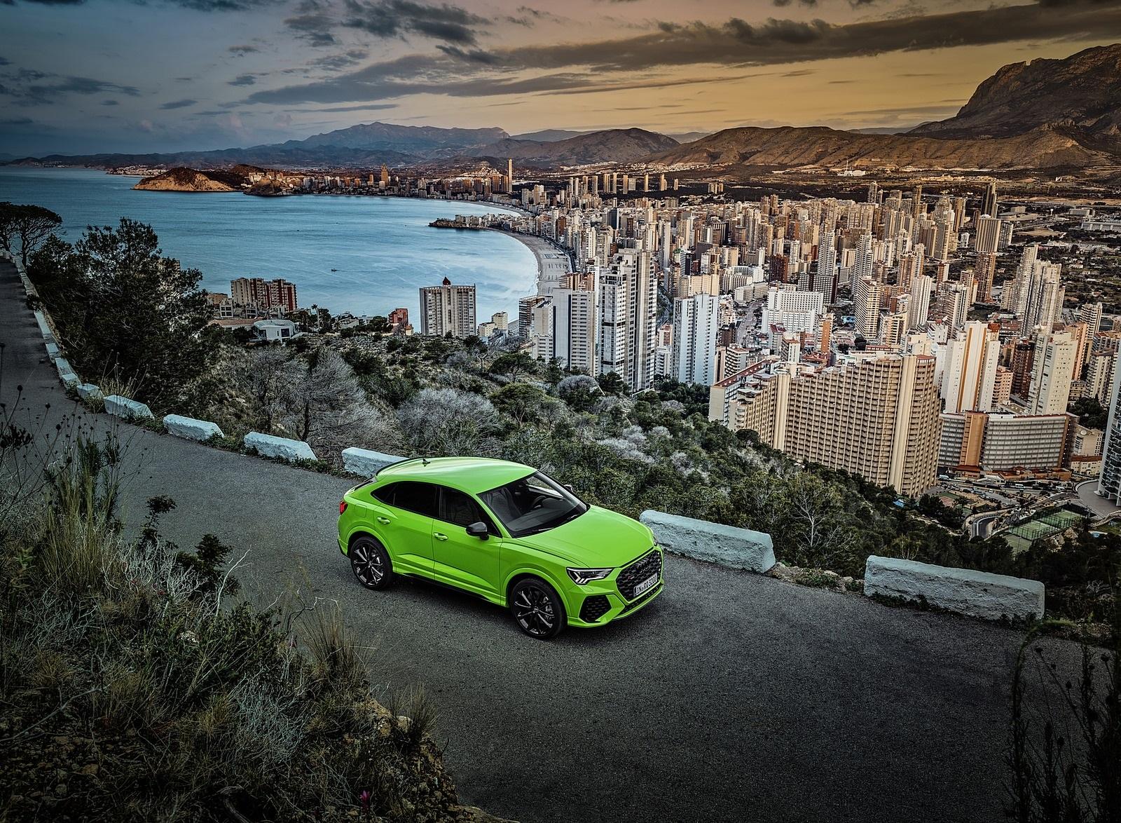 2020 Audi RS Q3 Sportback (Color: Kyalami Green) Front Three-Quarter Wallpapers (2)