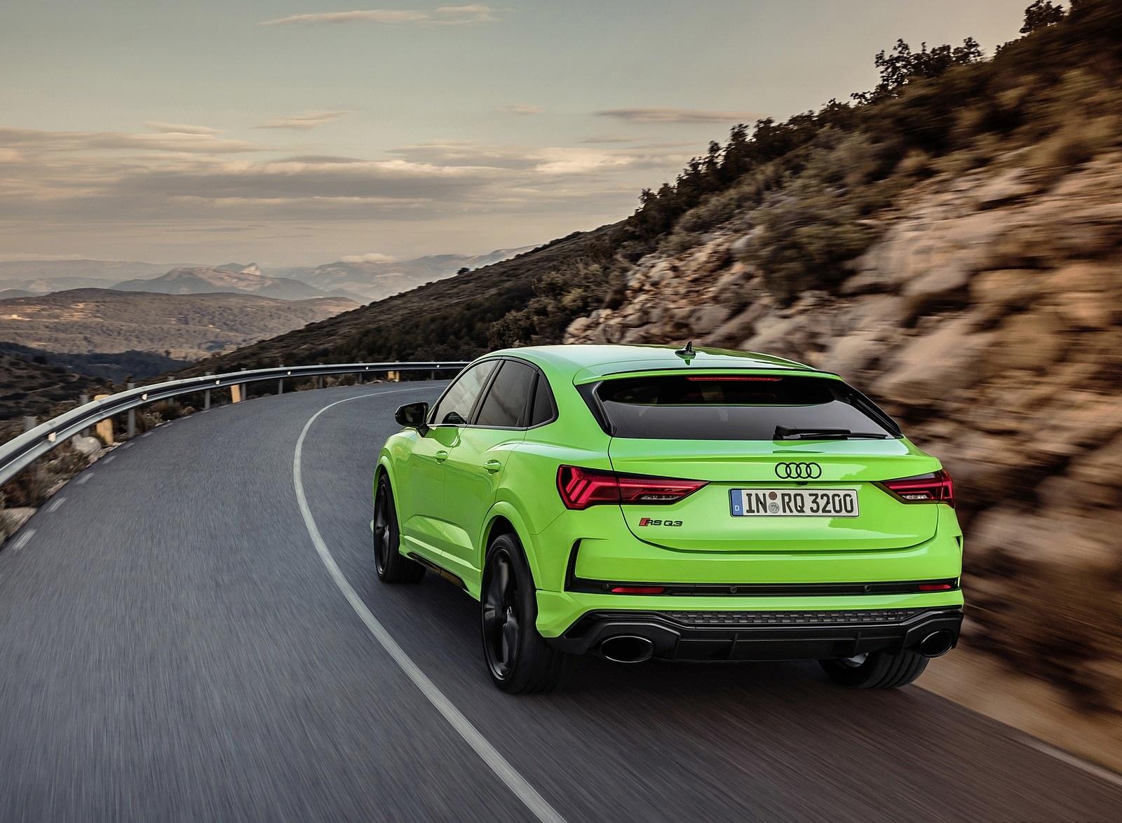 2020 Audi RS Q3 Sportback (Color: Kyalami Green) Rear Three-Quarter Wallpapers (9)