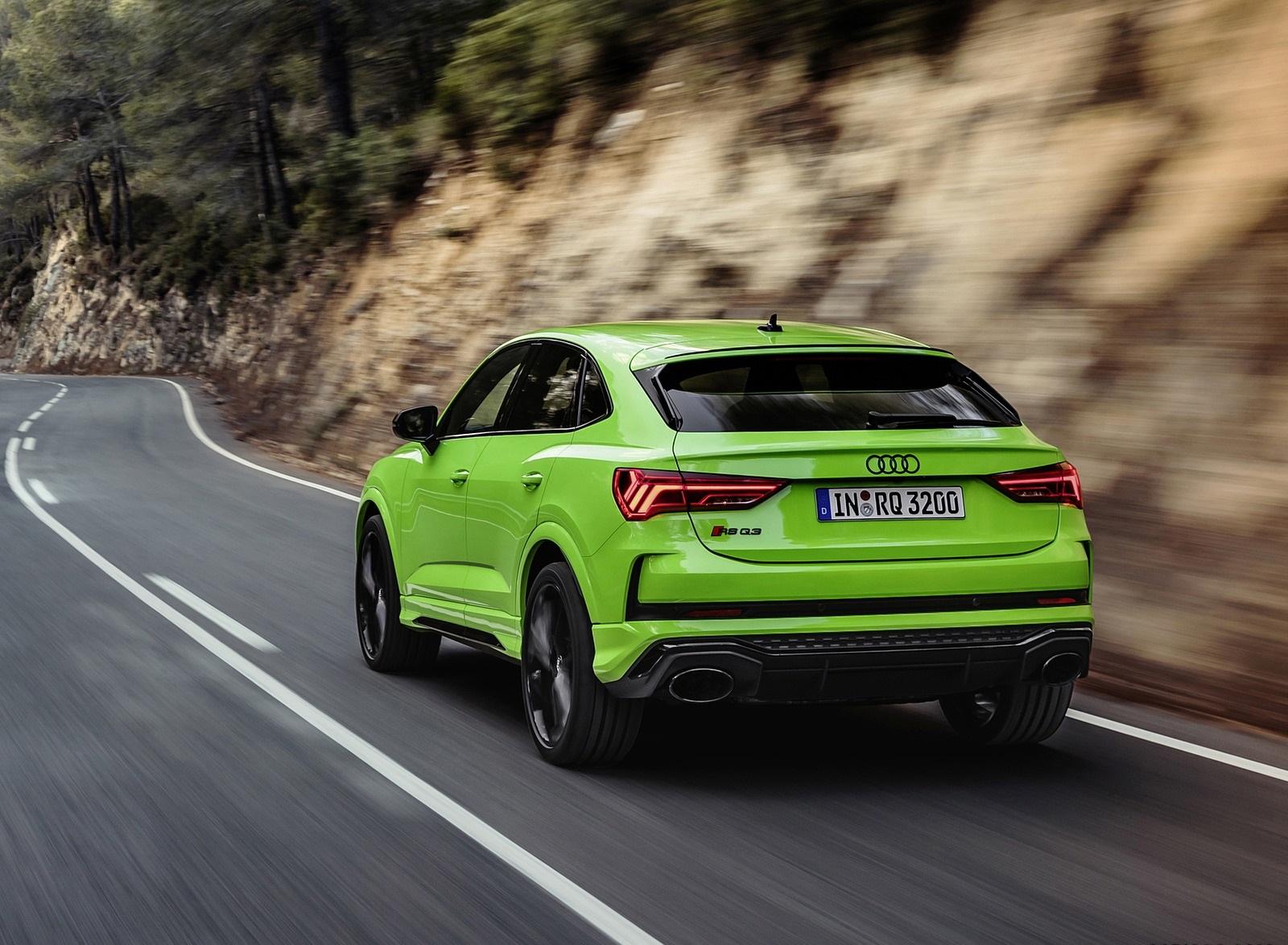 2020 Audi RS Q3 Sportback (Color: Kyalami Green) Rear Three-Quarter Wallpapers (10)
