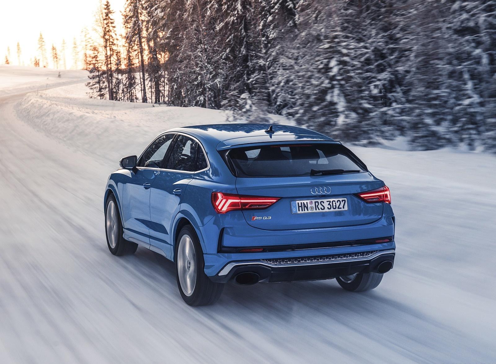 2020 Audi RS Q3 Sportback (Color: Turbo Blue) Rear Three-Quarter Wallpapers (7)