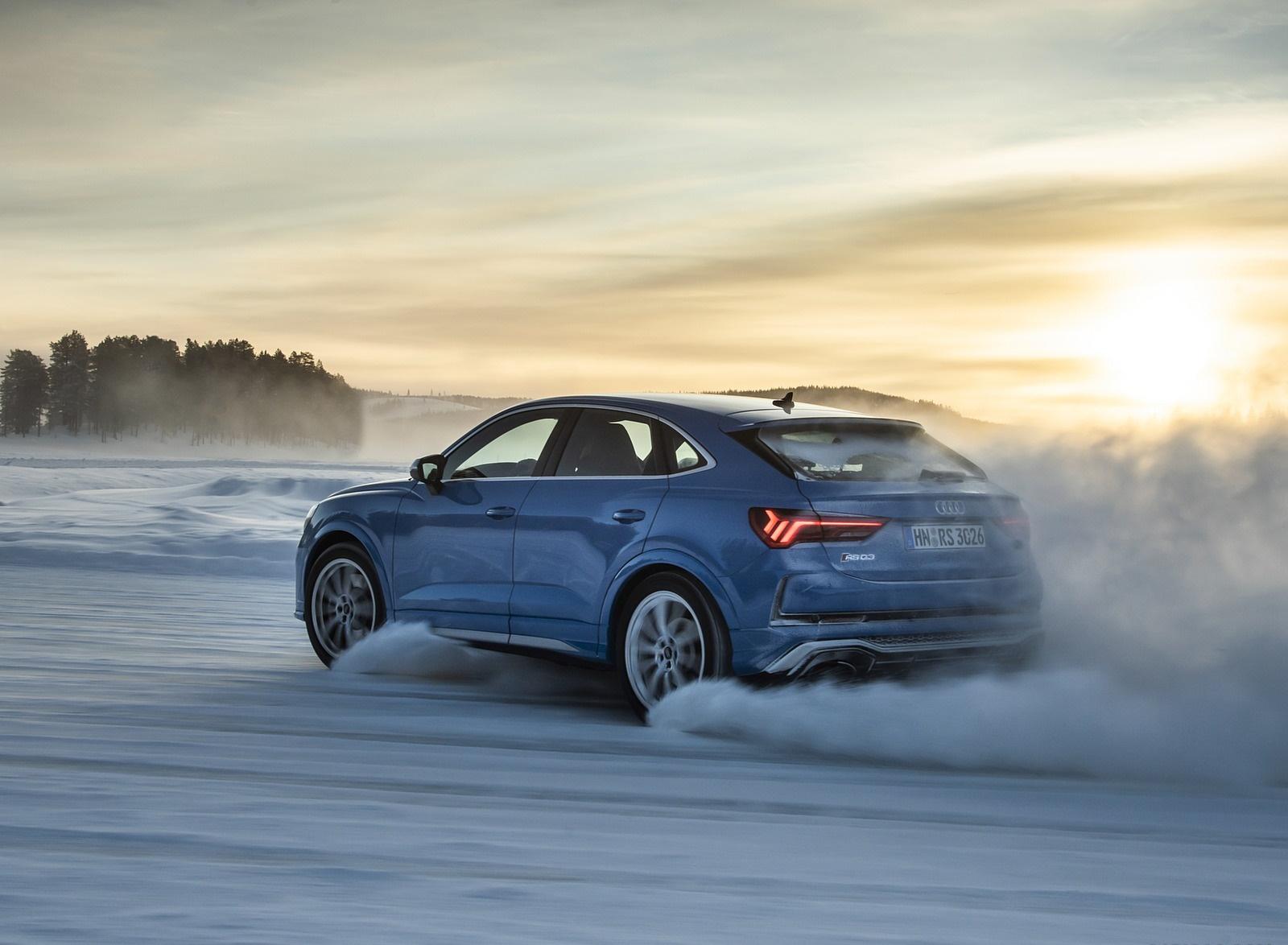 2020 Audi RS Q3 Sportback (Color: Turbo Blue) Rear Three-Quarter Wallpapers (8)